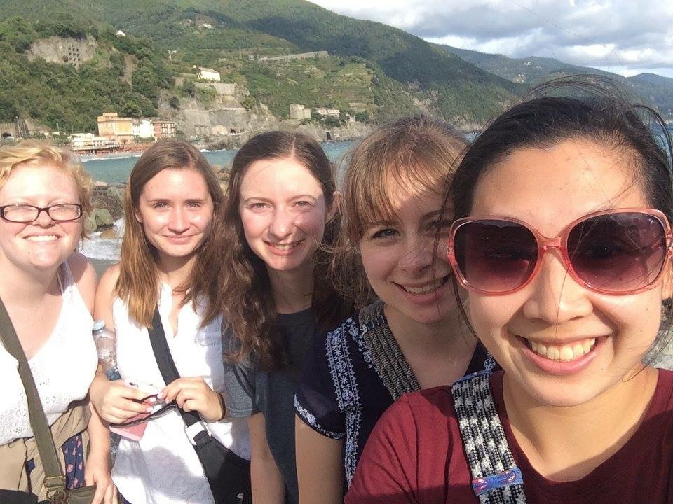 Pictured from left: Emily Sigmon, Maggie Schierberg, Courtney Gale, AnneKatherine Stiekes, Tiffany Wei